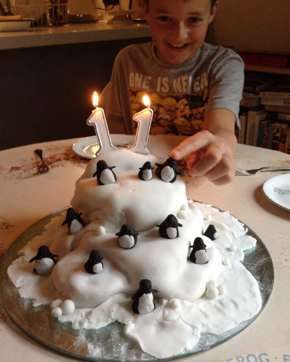 Hen cake 1